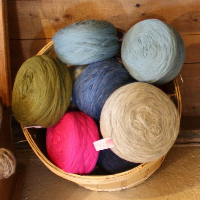 Laines douceur - Les douces (laine cardée en rouleaux 100% laine)