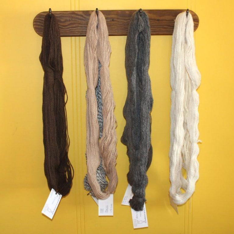 Écheveaux de laine d'alpaga